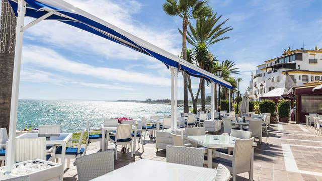 Escapada relax con cena y circuito termal en un hotel con acceso directo a la playa de San Pedro