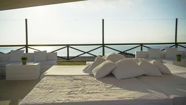 Escapada de lujo con vistas: en media pensión, con Spa y niño gratis en Marbella (desde 5 noches)