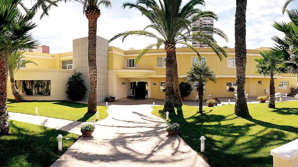 Port Alicante - Edit_Front.jpg
