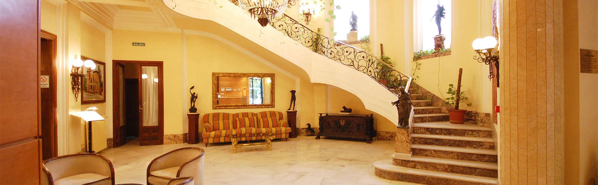 Hotel La Casa Grande de Baena - EDIT_lobby2.jpg