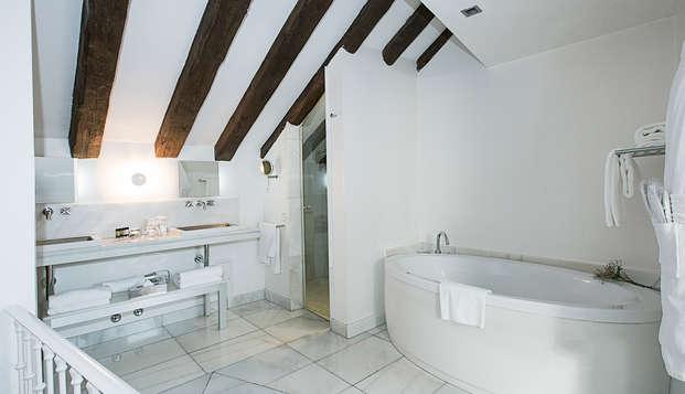 Hotel Hospes Puerta Alcala - bath