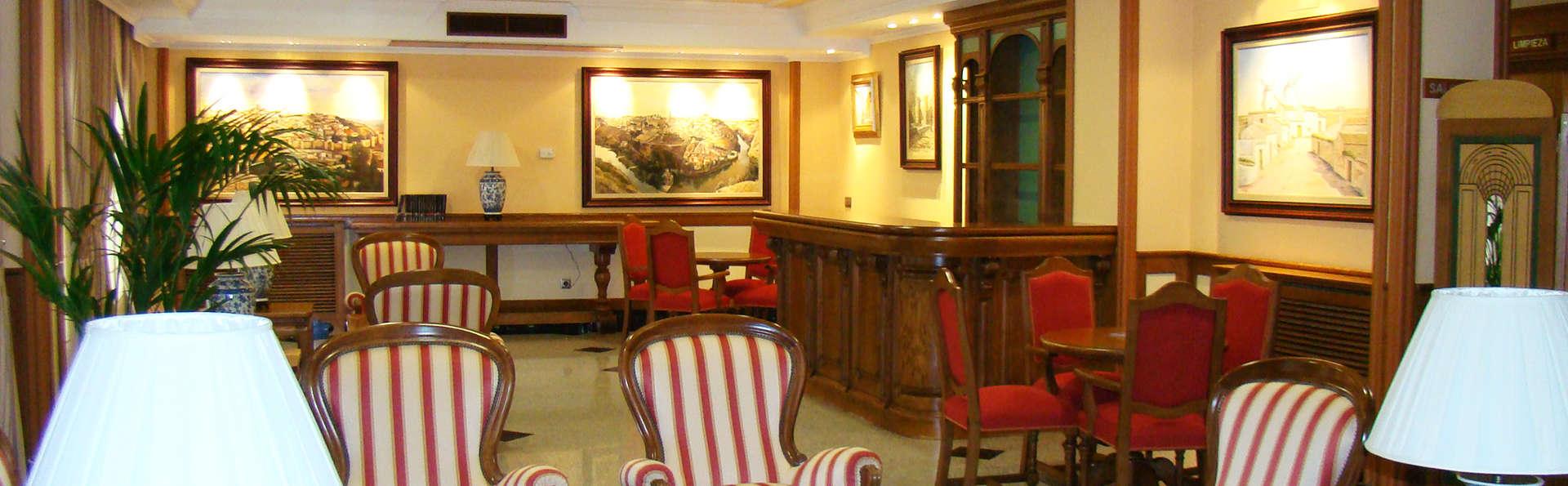 Hotel II Castillas Ávila - EDIT_hall.jpg