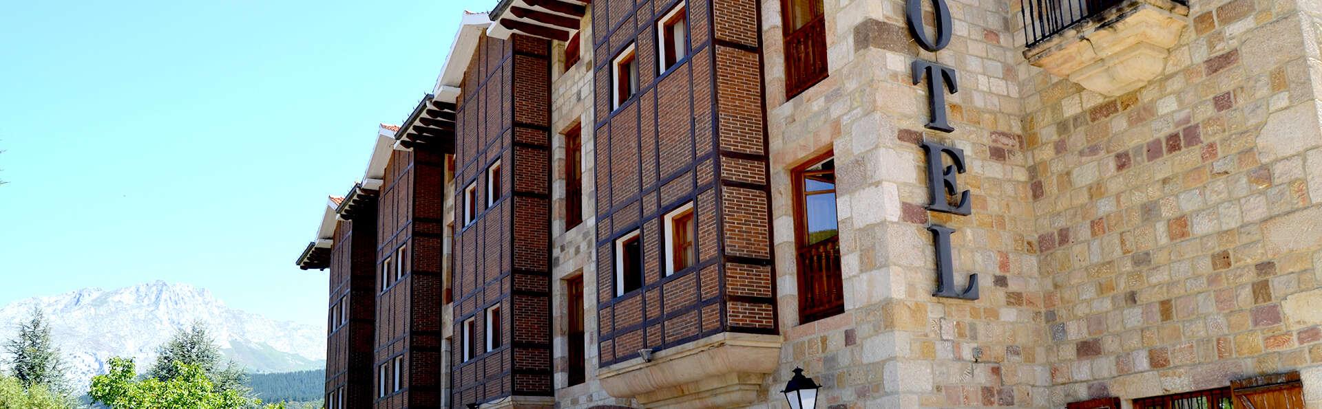 Hotel Infantado - Edit_Front7.jpg