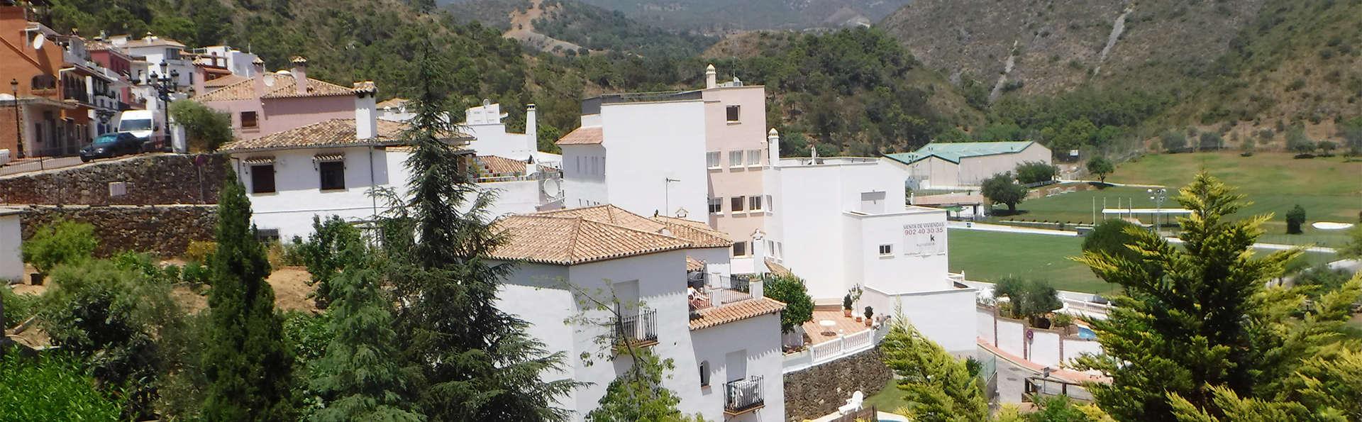 Hotel Amanhavis - EDIT_Benahavis2.jpg
