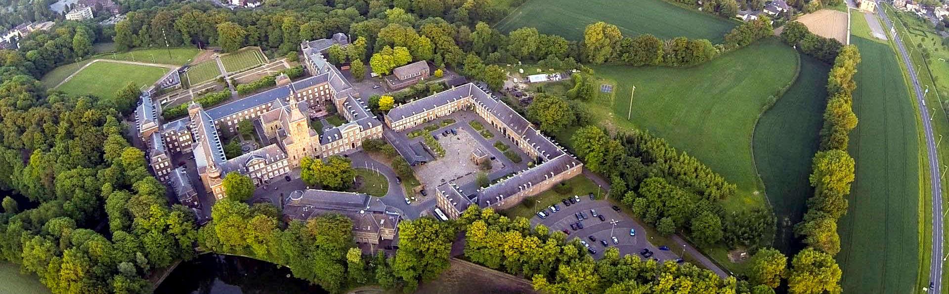 Een uitgebreide high tea in een bijzondere abdij in Zuid-Limburg (vanaf 2 nachten)