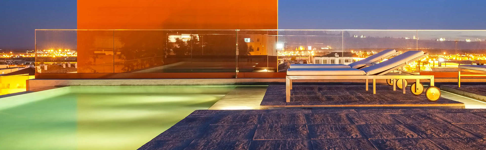 Vitoria Stone Hotel - edit_pool_night.jpg