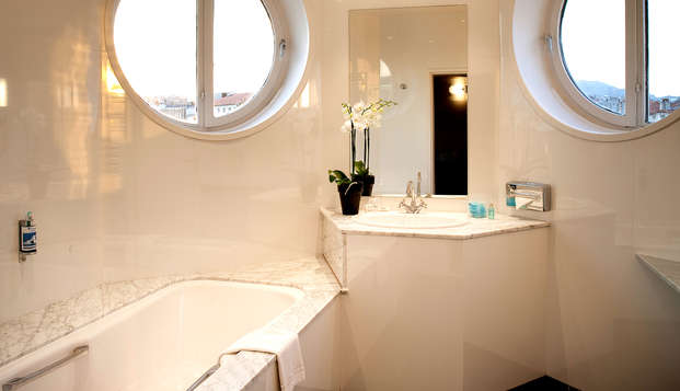 Escale Oceania Marseille Vieux Port - Bathroom
