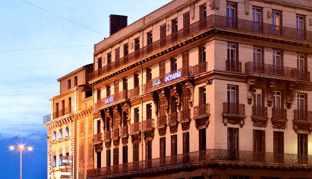 Escale Oceania Marseille Vieux Port - Front