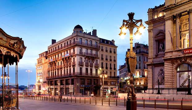 Visitez Marseille et séjournez en chambre supérieure