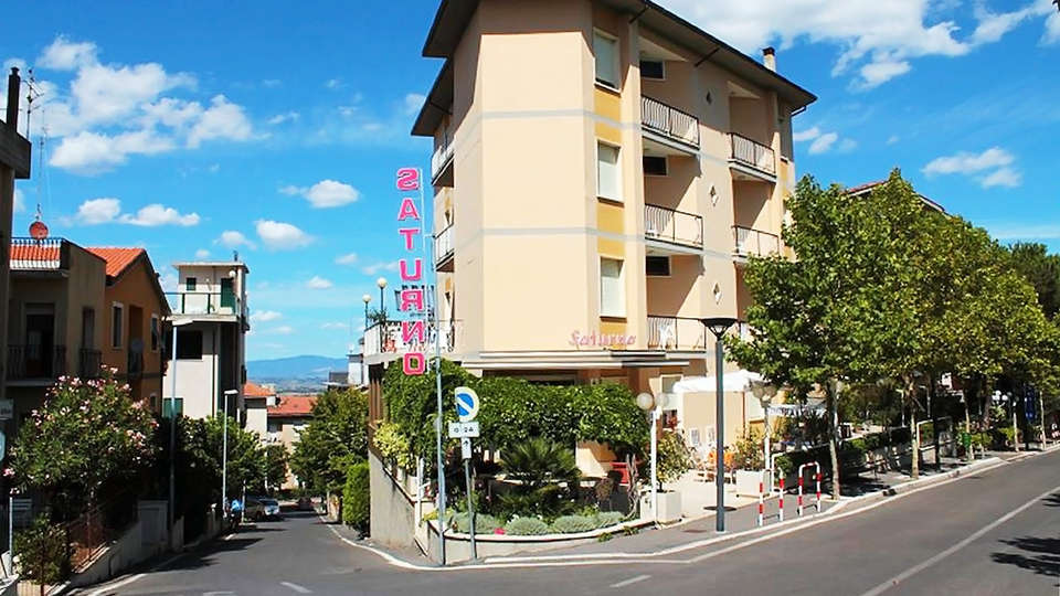 Hotel Saturno - EDIT_front1.jpg