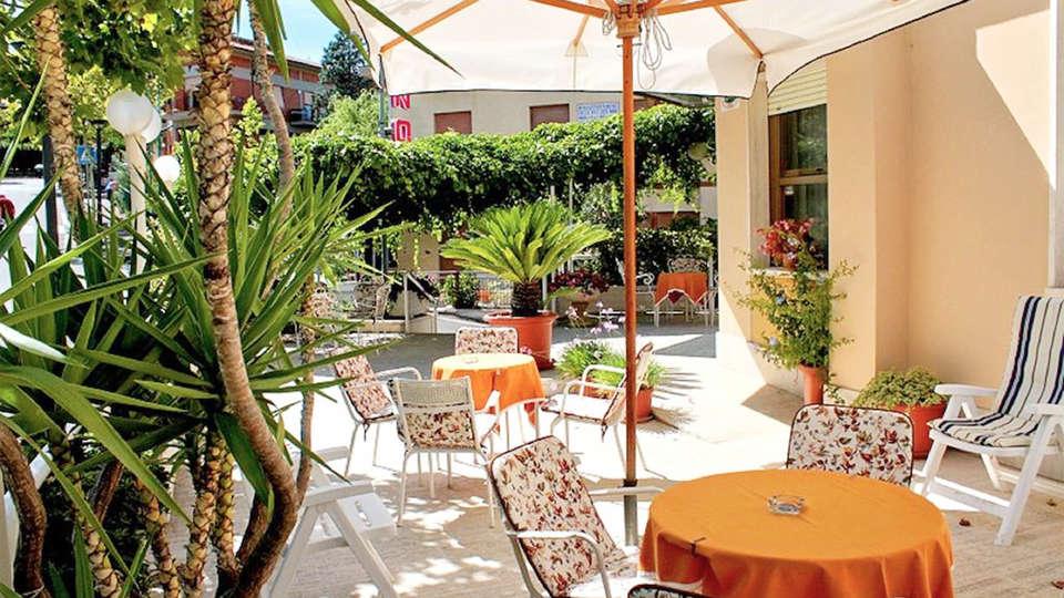 Hotel Saturno - EDIT_terrace4.jpg