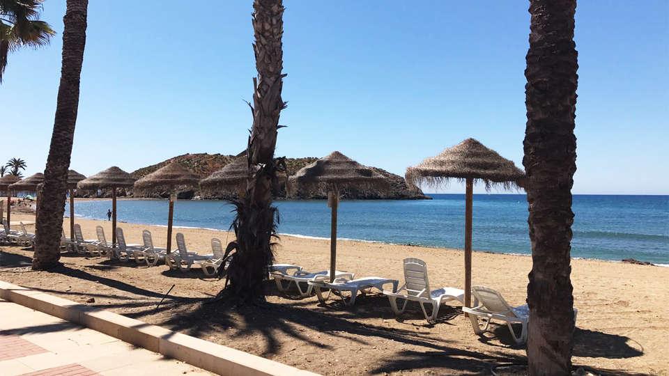 Hotel Playa Grande - EDIT_beach1.jpg