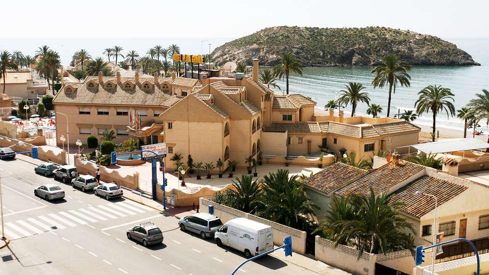 Hotel Playa Grande - EDIT_front2.jpg