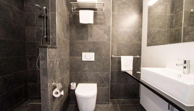 Bastion hotel Eindhoven Waalre - bath