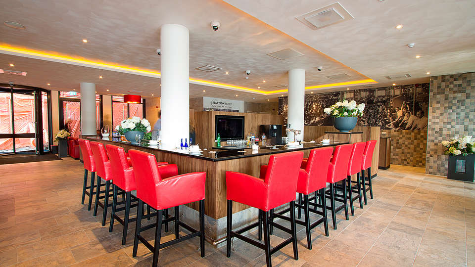 Bastion hotel Eindhoven Waalre - EDIT_bar.jpg