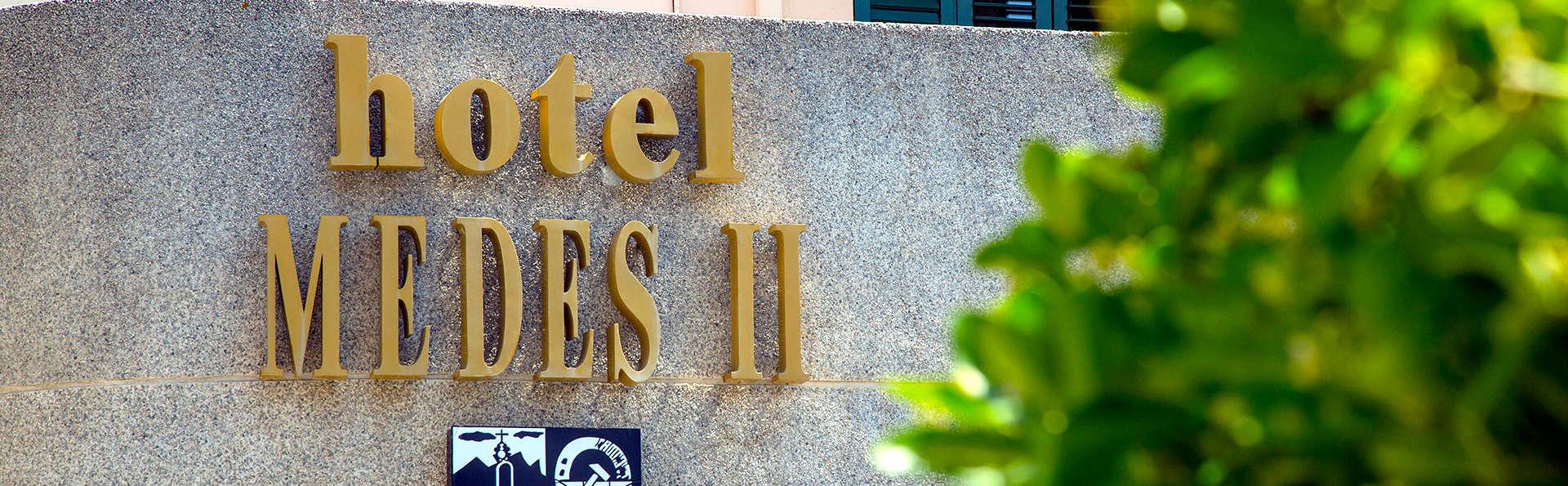 Hotel Medes II - Edit_Front.jpg