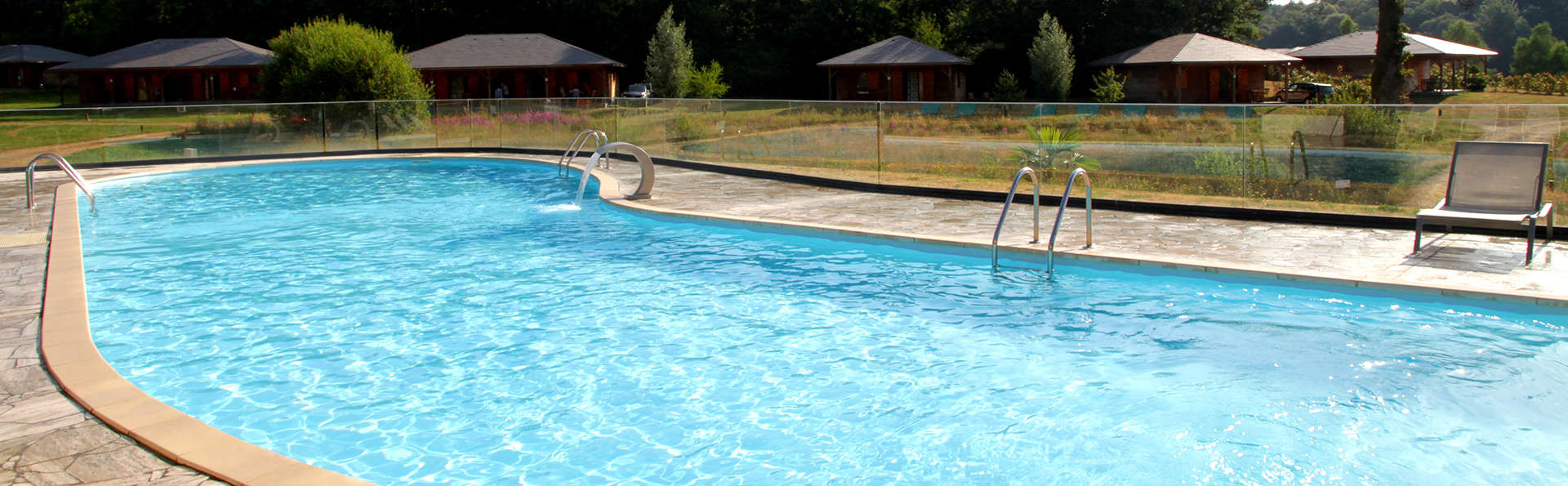 Domaine des Monedières - EDIT_NEW_POOL2.jpg