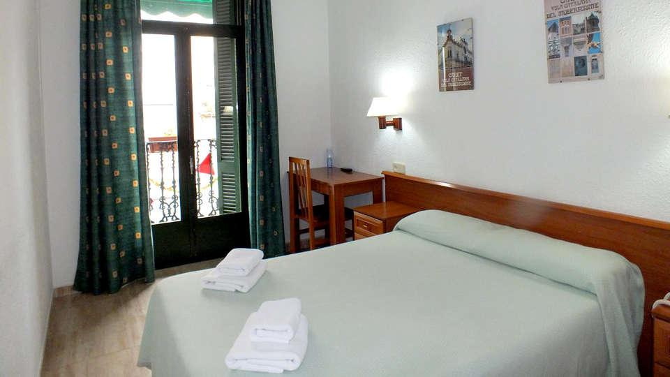 Hotel Mitus - Edit_Room.jpg