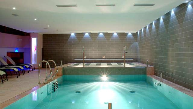 Massaggio per due ed accesso alla spa per un soggiorno all'insegna del relax!