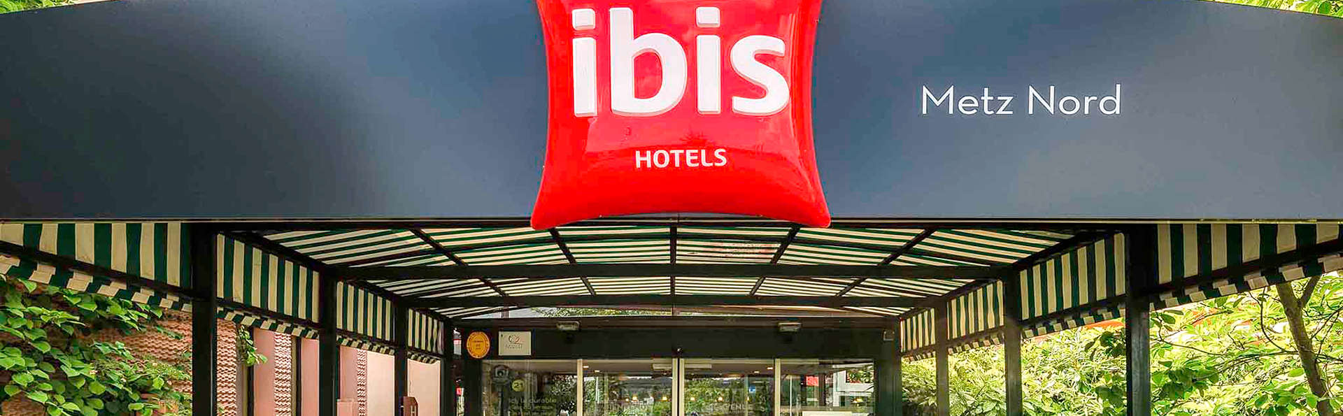 Ibis Metz Nord - Edit_Entrance.jpg