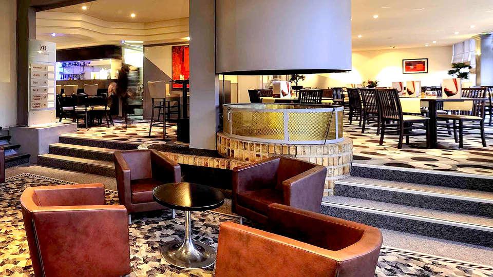 Hotel Mercure Rouen Val de Reuil - Edit_Lounge.jpg