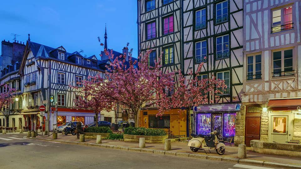 Hotel Mercure Rouen Val de Reuil - Edit_ruan3.jpg