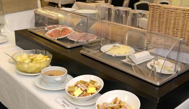 Hotel de France - Angers - breakfast
