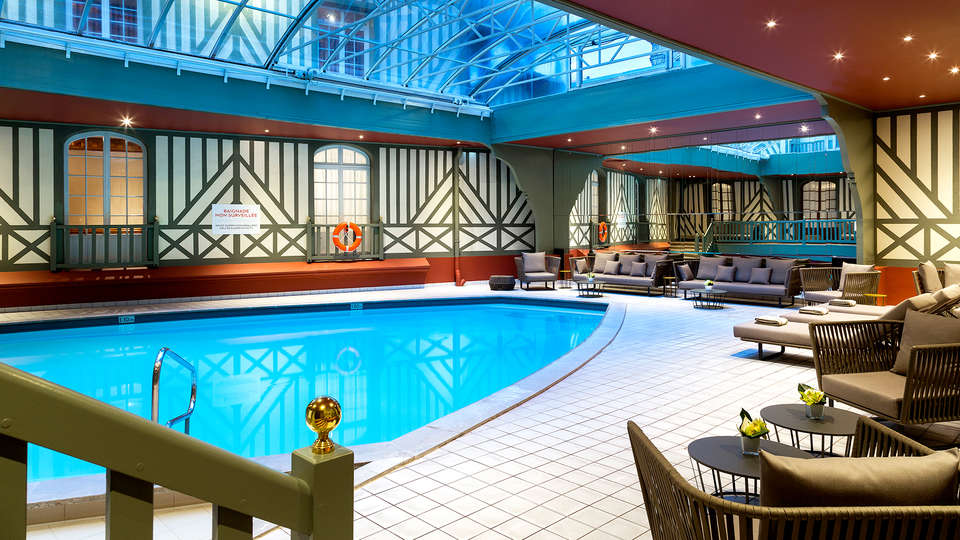 Hôtel Barrière Le Normandy Deauville - EDIT_NEW_POOL.jpg