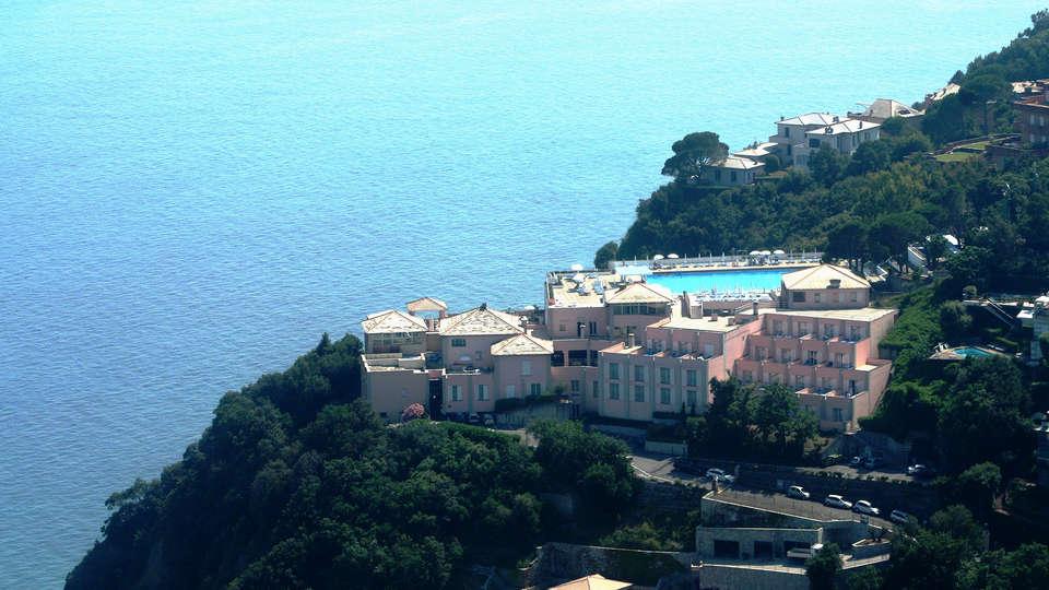 Hotel Punta San Martino - EDIT_NEW_front.jpg