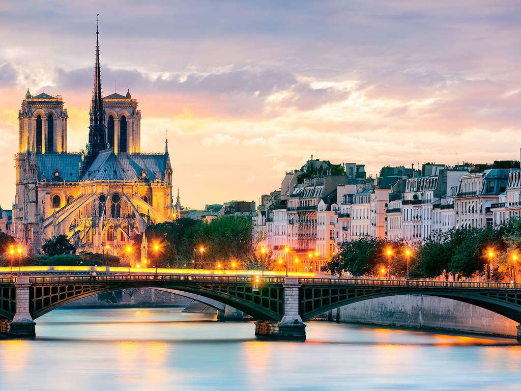 Séjour Ile-de-France - Escapade sous le soleil d'été parisien dans un hôtel de charme avec surclassement pour 2 personnes  - 3*