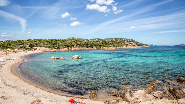 Vacanza in Sardegna in hotel alle porte di San Teodoro con nave Grimaldi (9 giorni/7 notti)