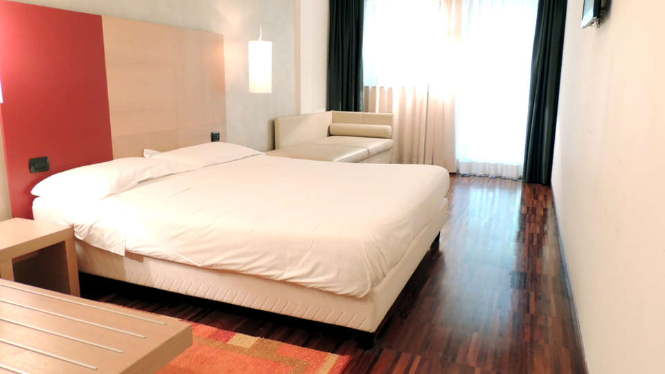 Cascina Scova Resort - Edit_Room3.jpg