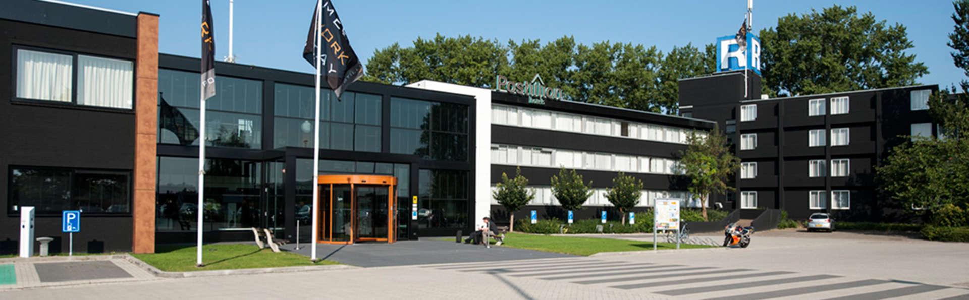 Postillion Hotel Deventer - EDIT_NEW_front.jpg