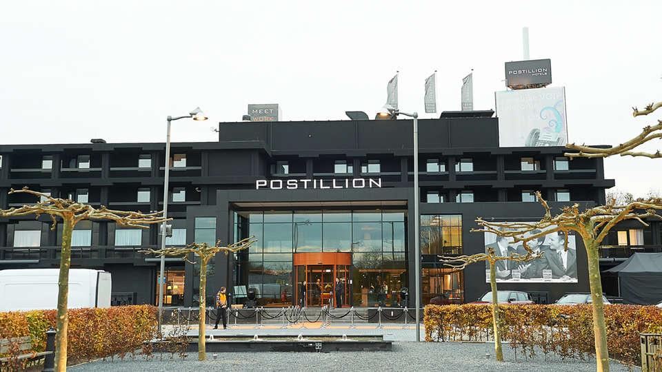 Postillion Hotel Dordrecht - EDIT_front.jpg