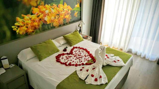 Romanticismo en Benicasim: en alojamiento y desayuno y detalle de bienvenida