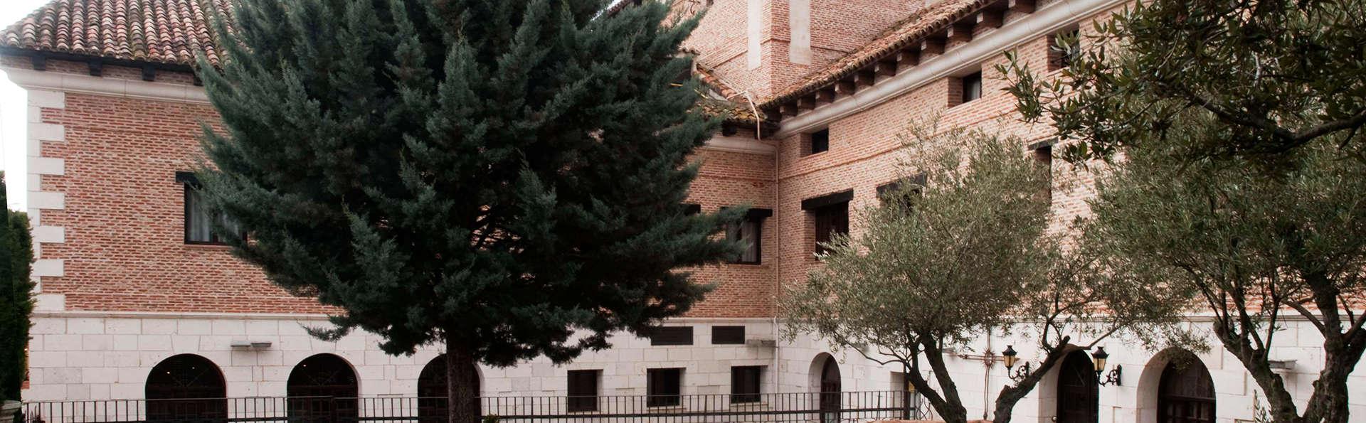 Hotel Jardín de la Abadía - EDIT_exterior.jpg