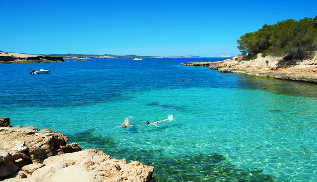 Vai alla scoperta di Ibiza in un ostello in pieno centro (non rimborsabile)