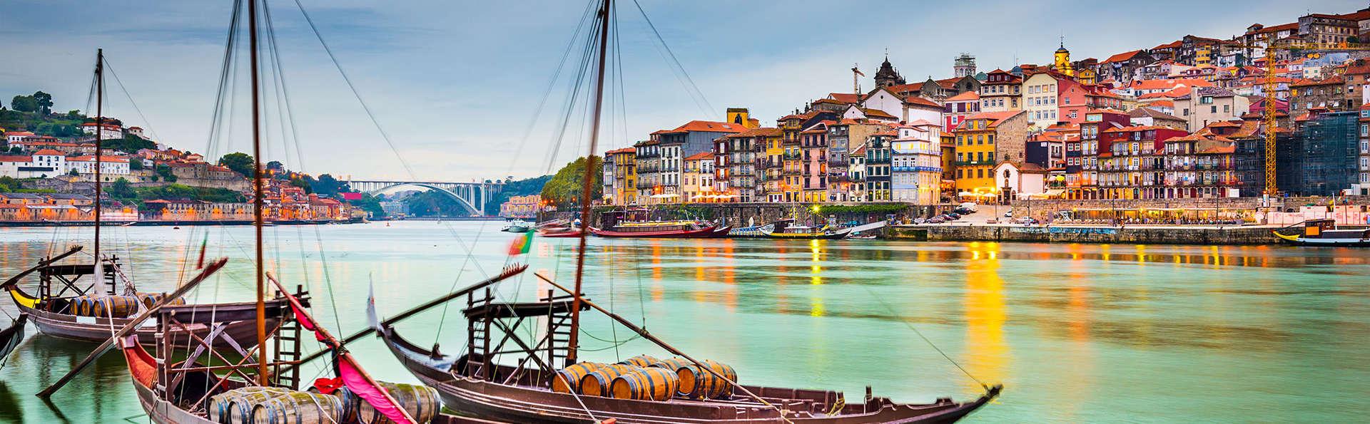 Découvrez Porto avec bus touristique et croisière sur le Rio Douro (à partir de 2 nuits)