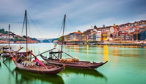Ontdek Porto met een toeristische bus en boottocht op de Douro (vanaf 2 nachten)