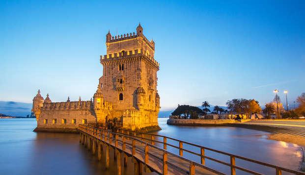 Escapada con tour por Sintra y copa de bienvenida en un precioso hotel de Lisboa ( No-reembolsable)