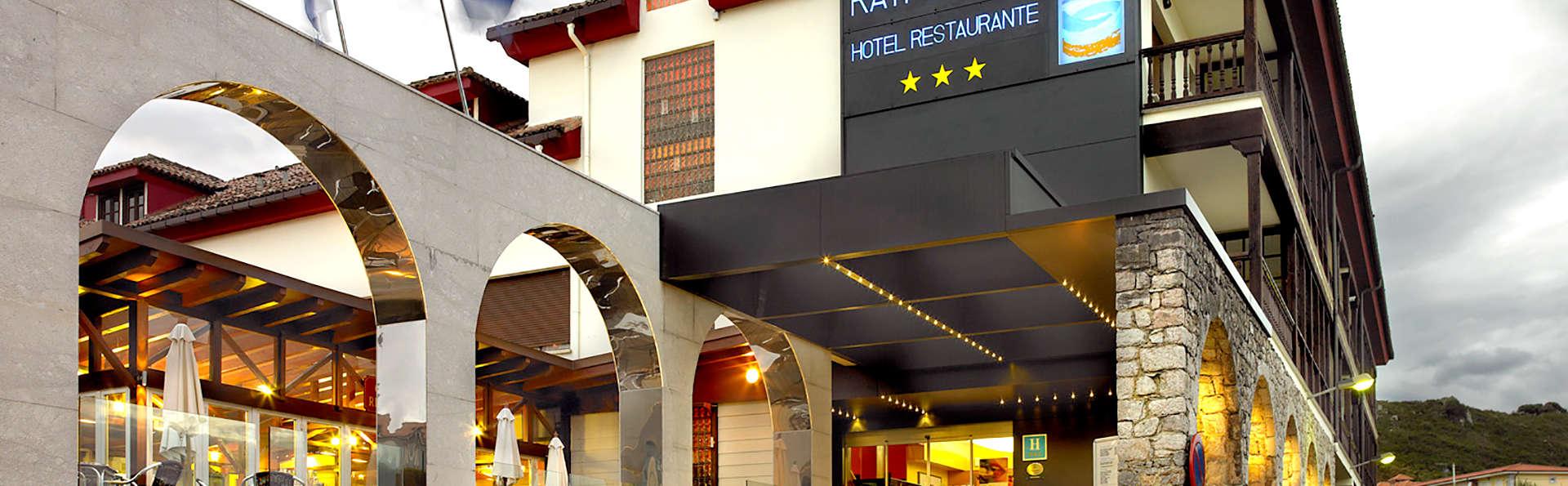 Hotel Kaype Quintamar - Edit_Front.jpg