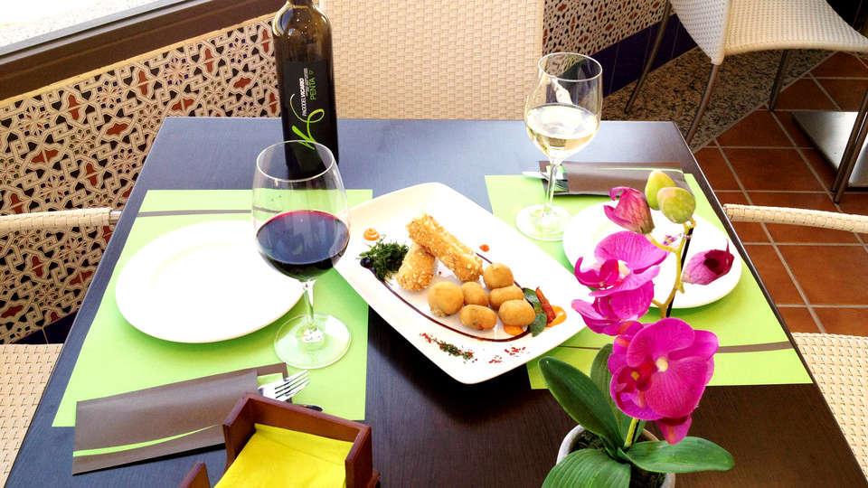 Hotel La Bastida - Edit_Restaurant4.jpg
