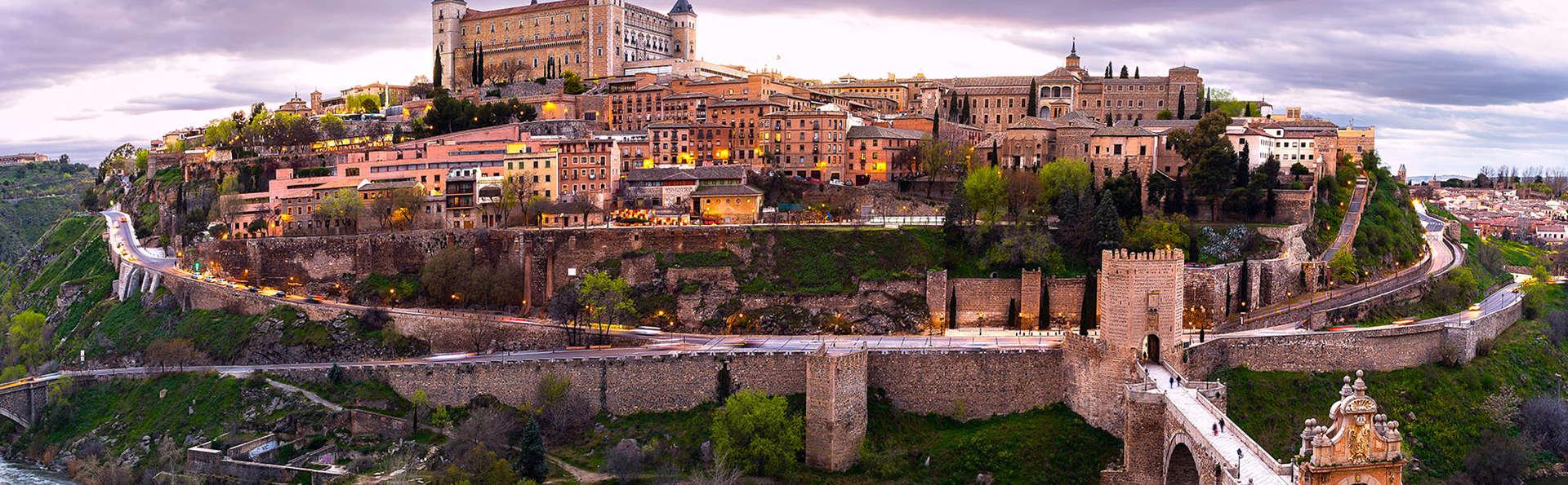 Escapada con cena y cava en Toledo