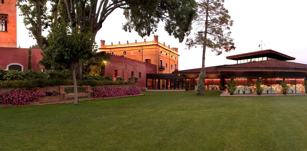 Hotel la boella 5 la canonja espagne for Reservation hotel en espagne gratuit