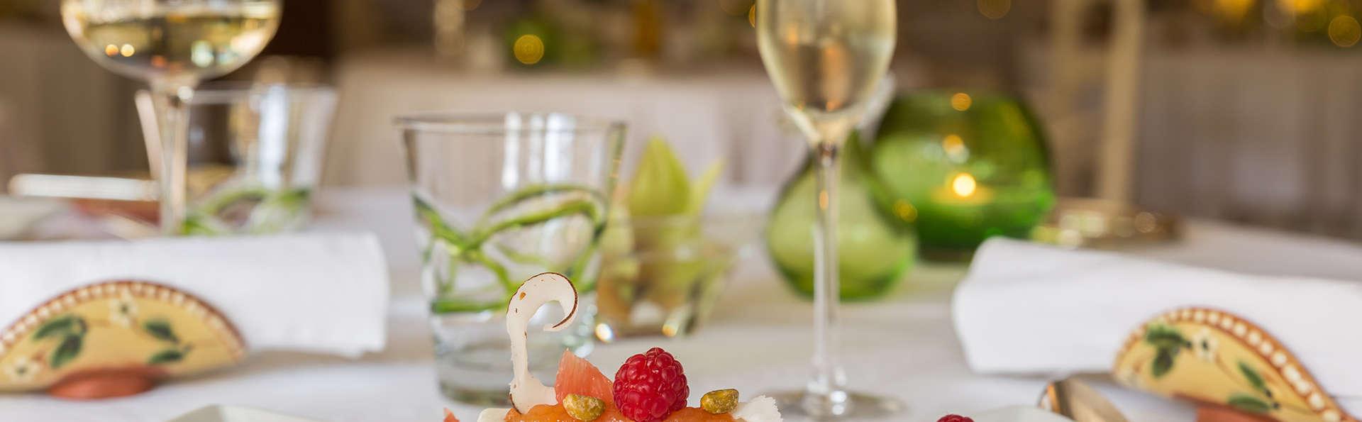 Dîner gastronomique et accès Spa dans un hôtel de luxe près d'Avignon