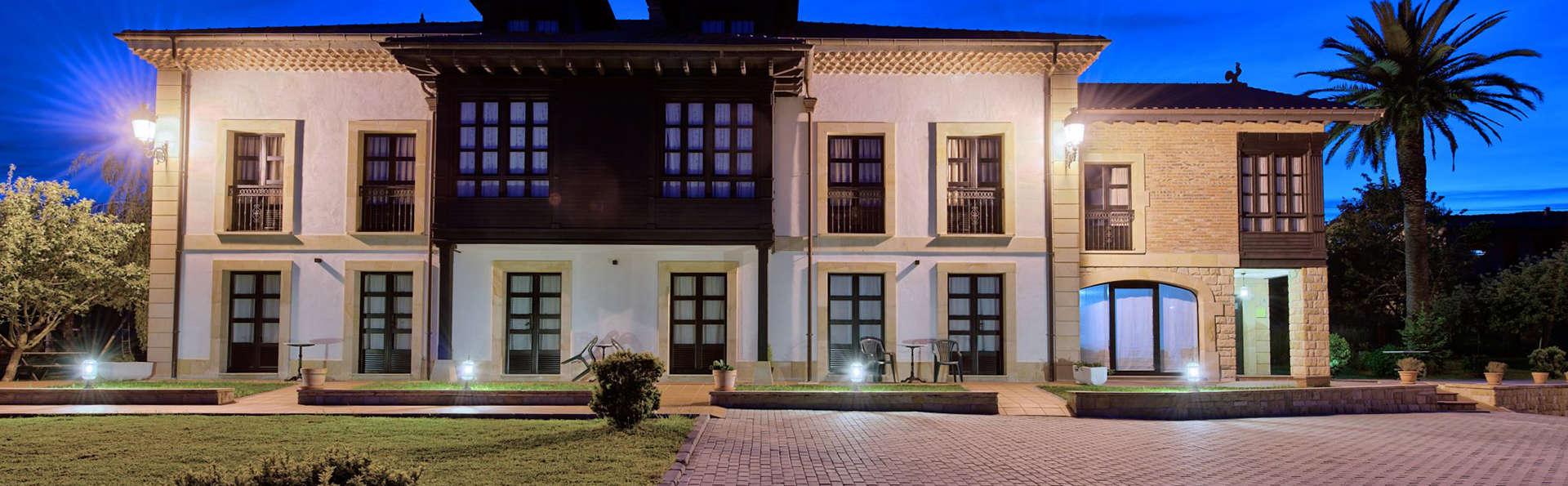 Hotel La Casona de la Roza - EDIT_front3.jpg