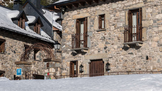 Hotel La Casuena