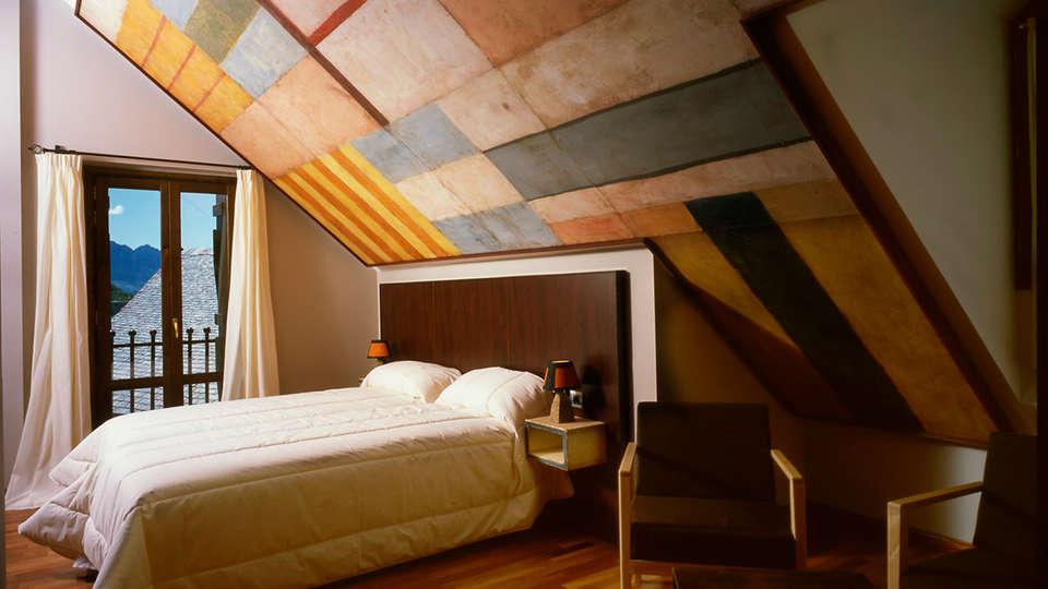 Hotel La Casueña - EDIT_room7.jpg
