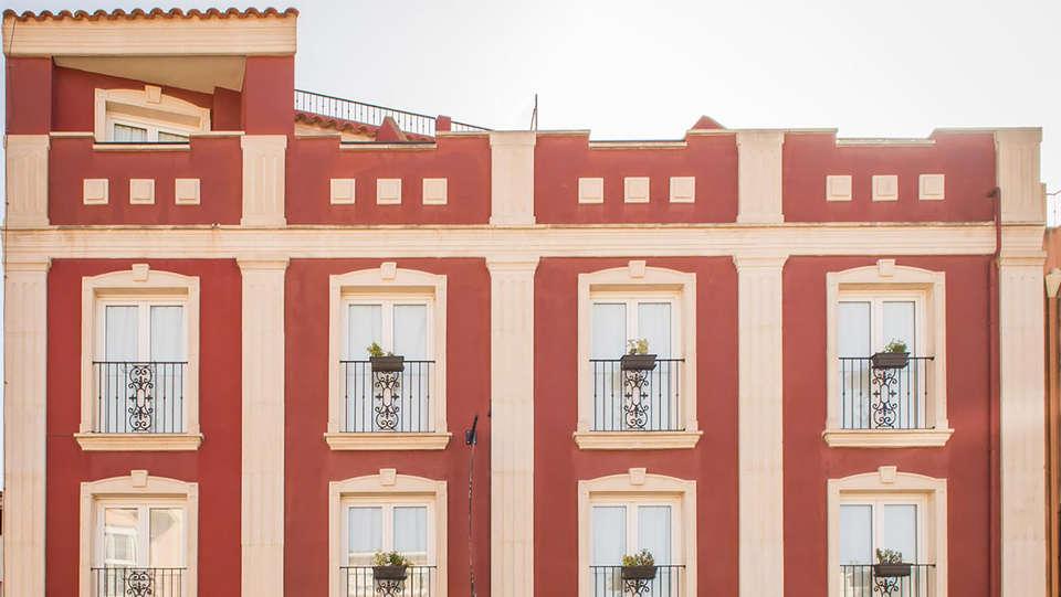 Hotel La Cava - Edit_front3.jpg
