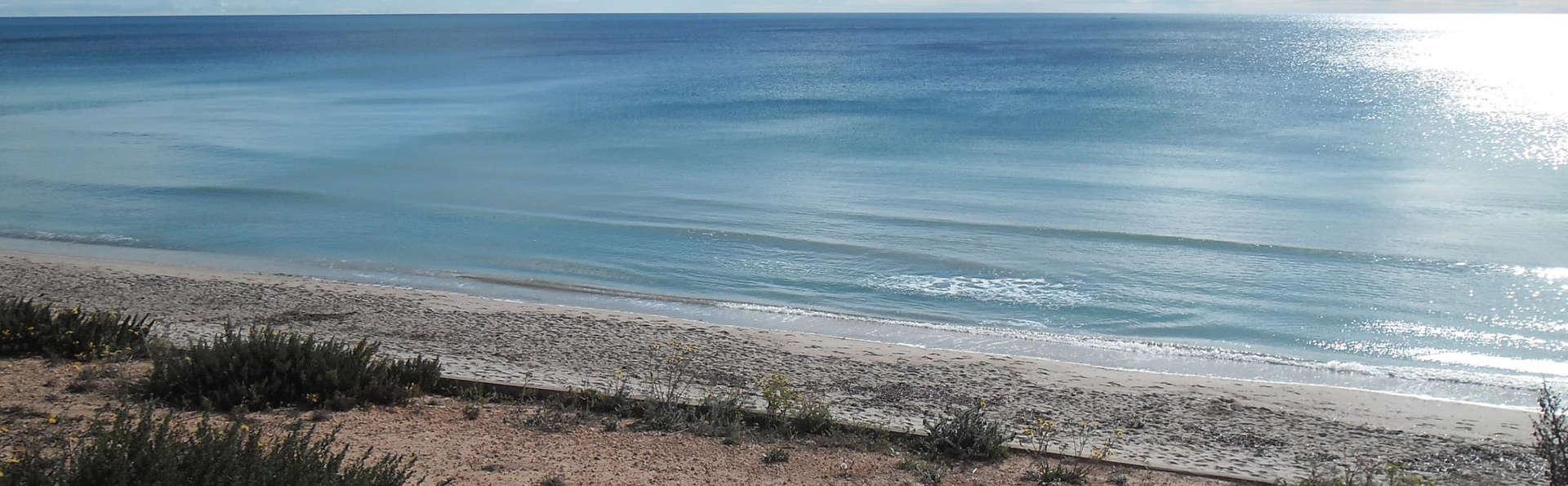 Palmera Beach - edit_surroundings.jpg